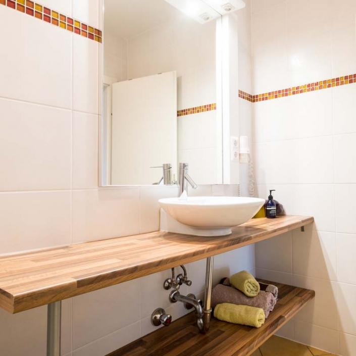 Waschtisch Apartment 1
