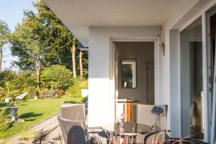 Eingang über eigene Terrasse Apartment 1