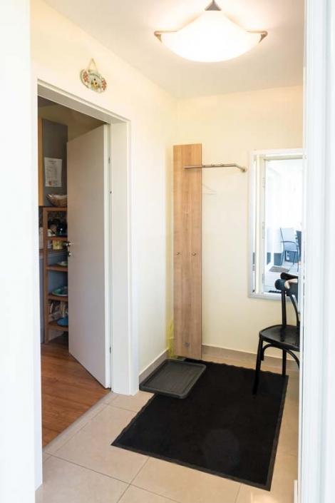 Eingang mit Garderobe Apartment 2