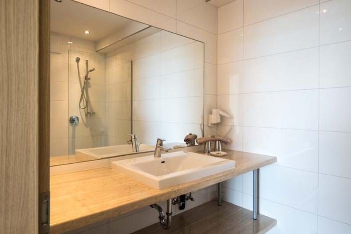 modernes Badezimmer Apartment 4